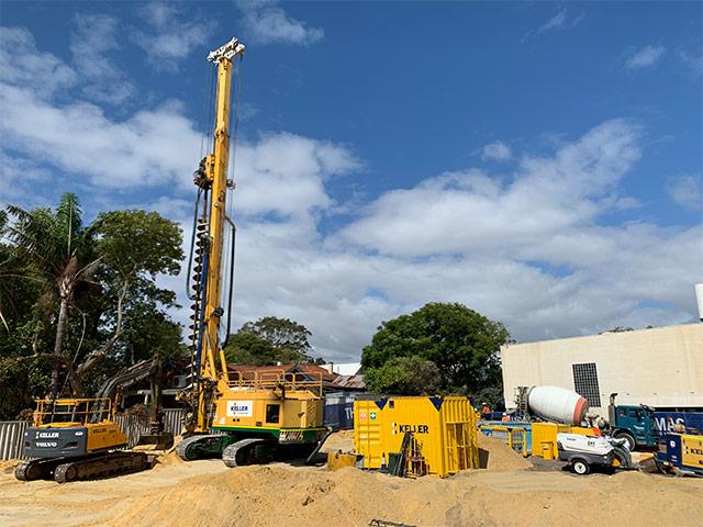 Piling rig arrives<br/>onsite